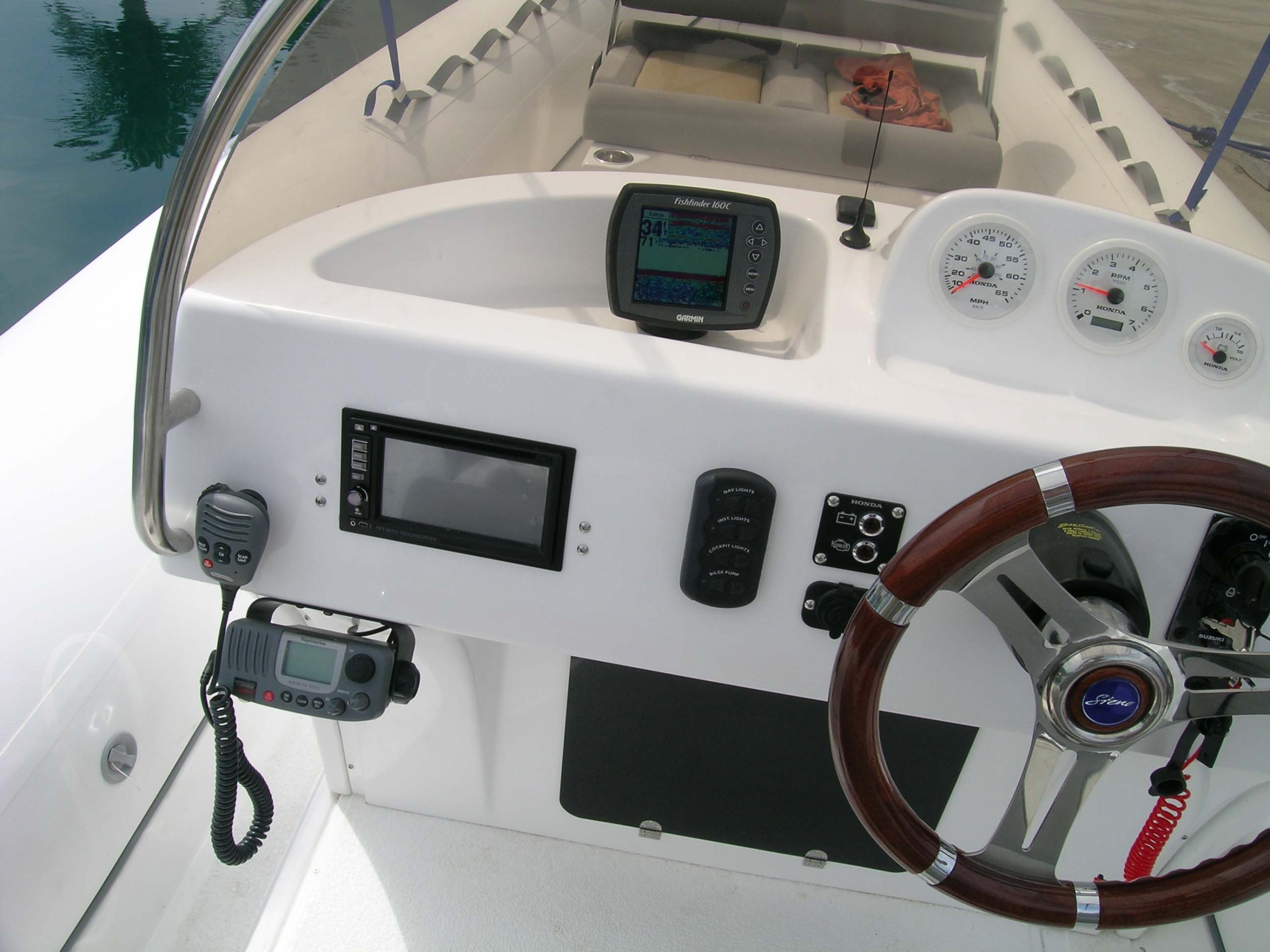 Эксклюзивный скоростной катер Steno RIB MARE R75