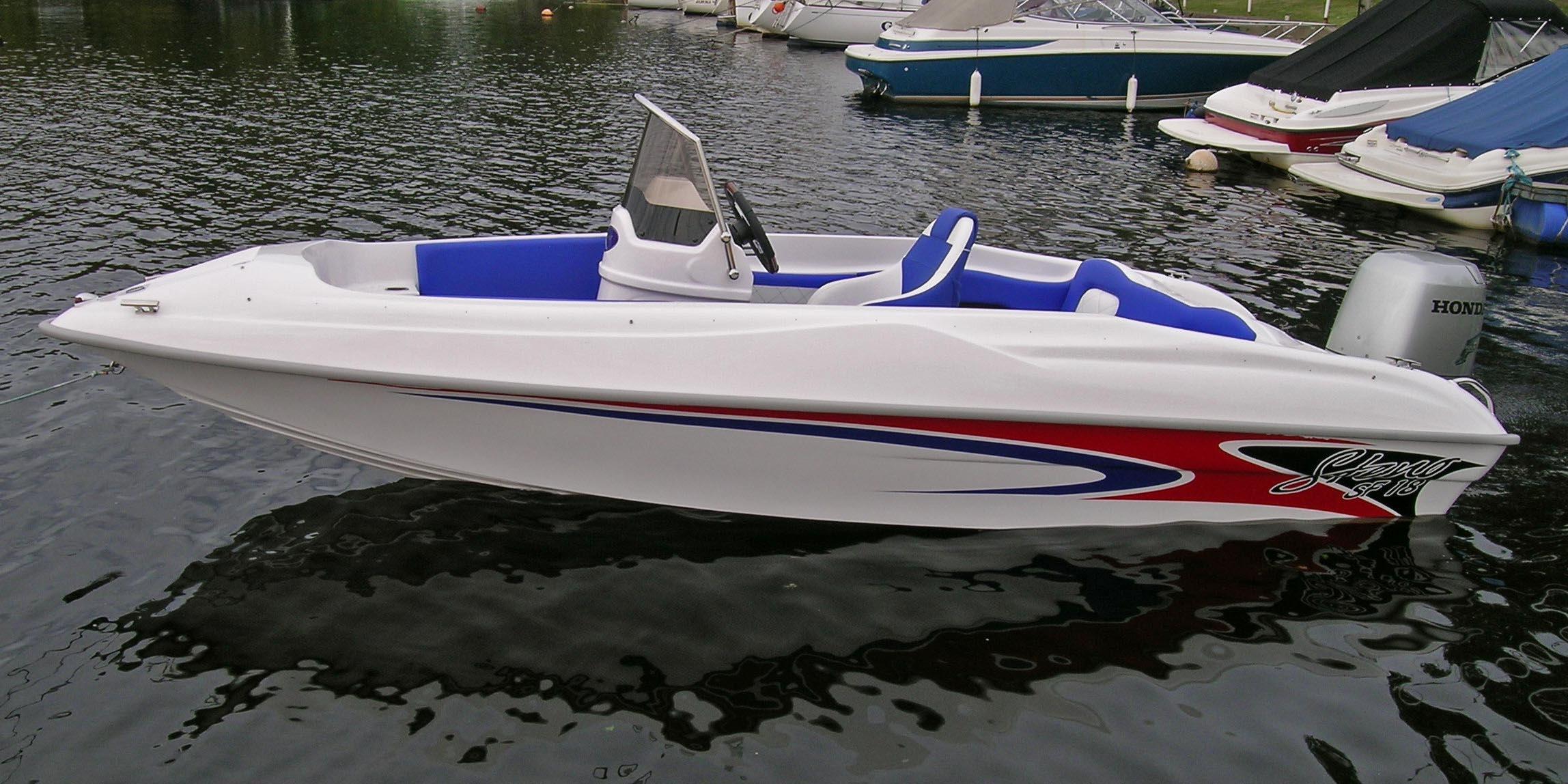Универсальный катер Steno SF18