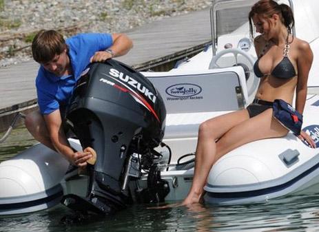 Как правильно установить подвесной лодочный мотор